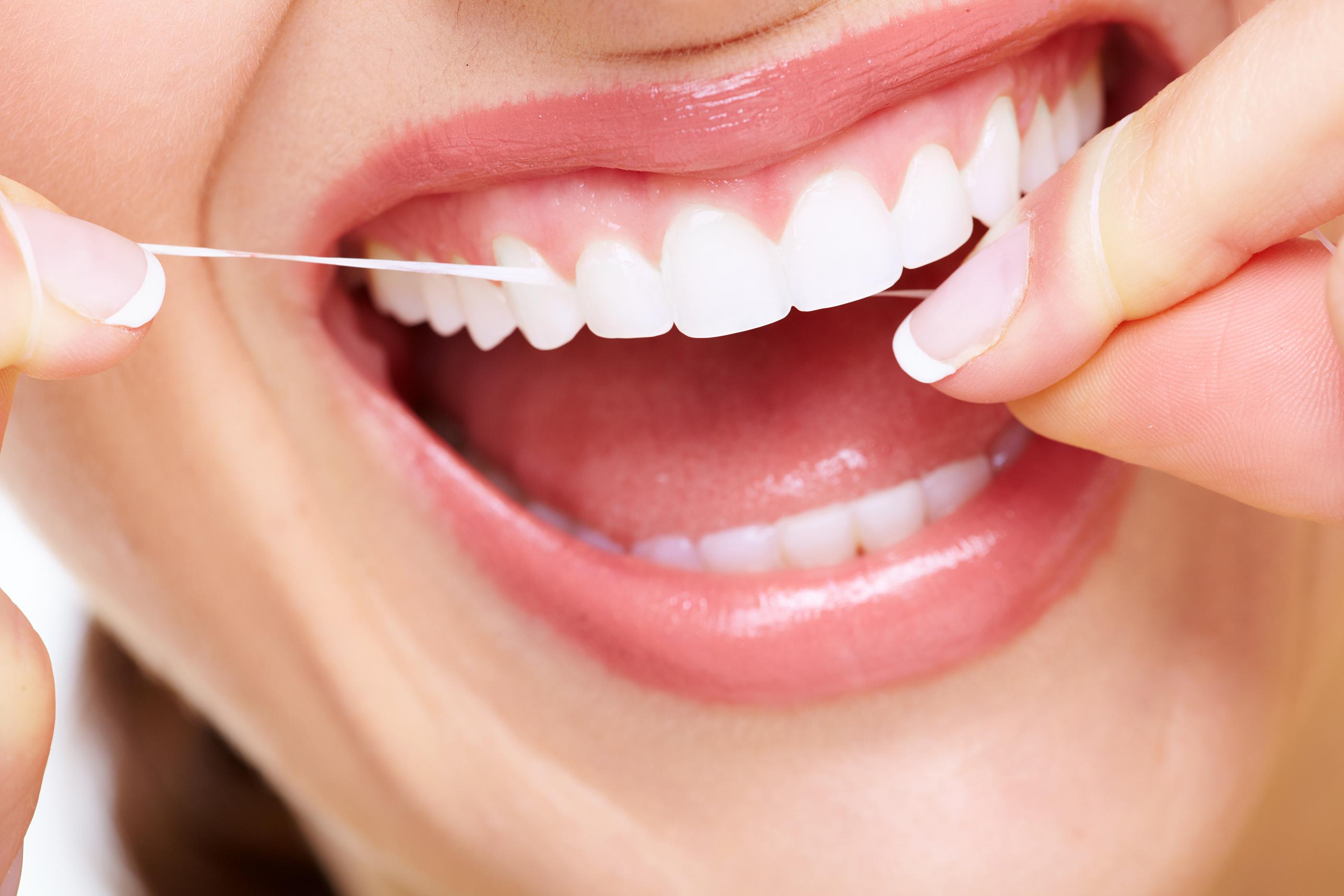 Dấu hiệu cảnh báo bệnh viêm chân răng