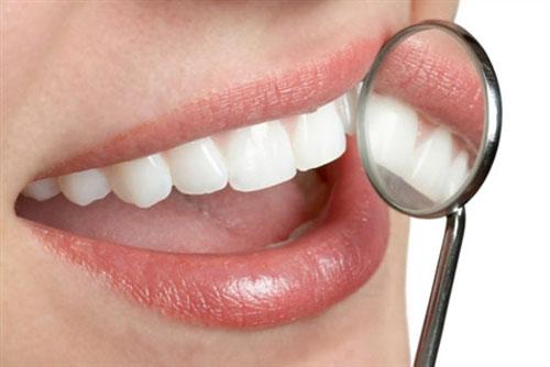 Nguyên nhân bệnh viêm lợi chảy máu chân răng 2