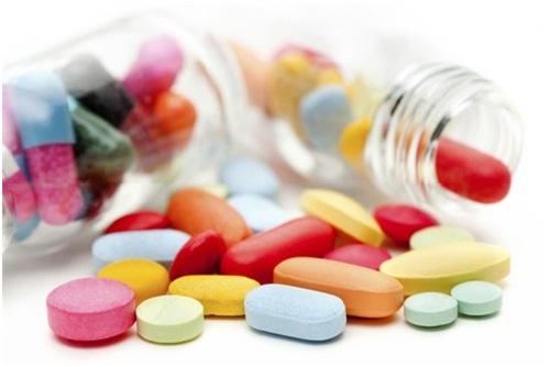Bị viêm chân răng nên uống thuốc gì?