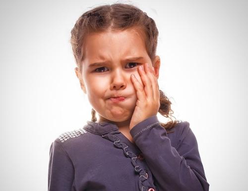 Bệnh sâu răng ở trẻ em - nguyên nhân và cách chữa1