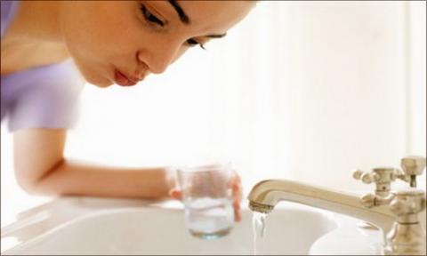 Tự lấy cao răng ở nhà có an toàn và hiệu quả không? 2