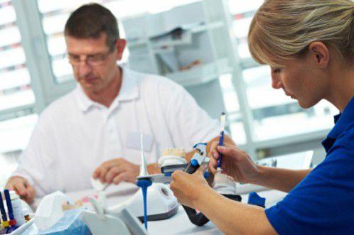 Những yếu tố quyết định trồng răng sứ vĩnh viễn ở đâu tốt 2