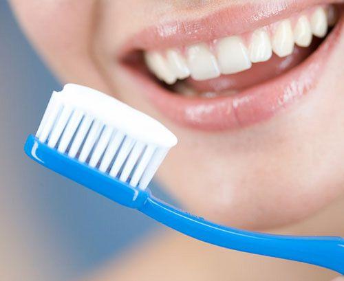 Răng sứ có bền không? – Giải đáp thắc mắc cùng chuyên gia