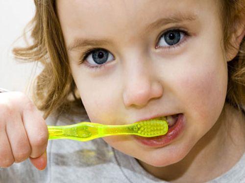 Tình trạng đau răng ở trẻ em, cách giảm đau răng tại nhà 2