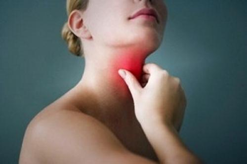 Nguyên nhân và mẹo chữa khô họng, khô miệng
