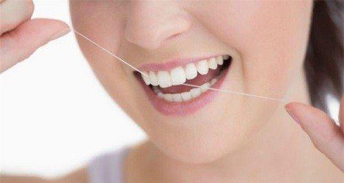 Cách làm sạch răng bằng tăm tre liệu có gây hại hay không? 3