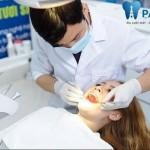 Bỗng dưng bị chảy máu chân răng: Nguyên nhân và cách điều trị