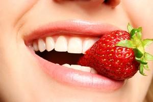 Các phương pháp tẩy trắng răng HIỆU QUẢ nhất tại nhà không thể bỏ qua 3