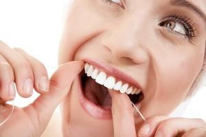 [Tư vấn] Có nên trồng răng sứ thẩm mỹ để răng đều đẹp và sáng bóng 2