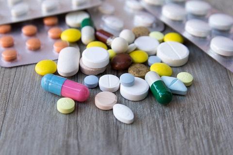 Mọc răng khôn uống thuốc gì giảm đau nhanh nhất