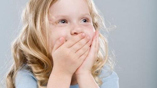 Nguyên nhân dẫn đến các bệnh gây viêm nha chu ở trẻ em 2