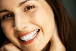 Tất tần tật các công thức lấy cao răng bằng dầu dừa CỰC HIỆU QUẢ